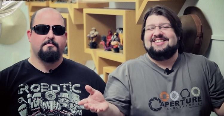 Jovem Nerd e Azaghal fazem a revanche no estande da Hasbro na CCXP
