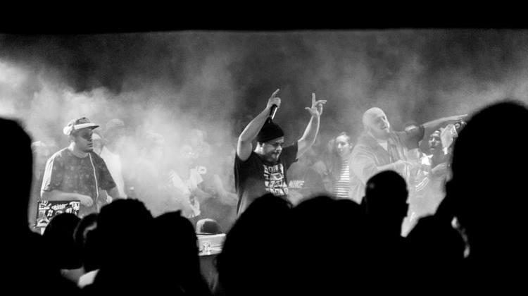 Rodrigo Ogi lança o primeiro single do projeto Monstroario