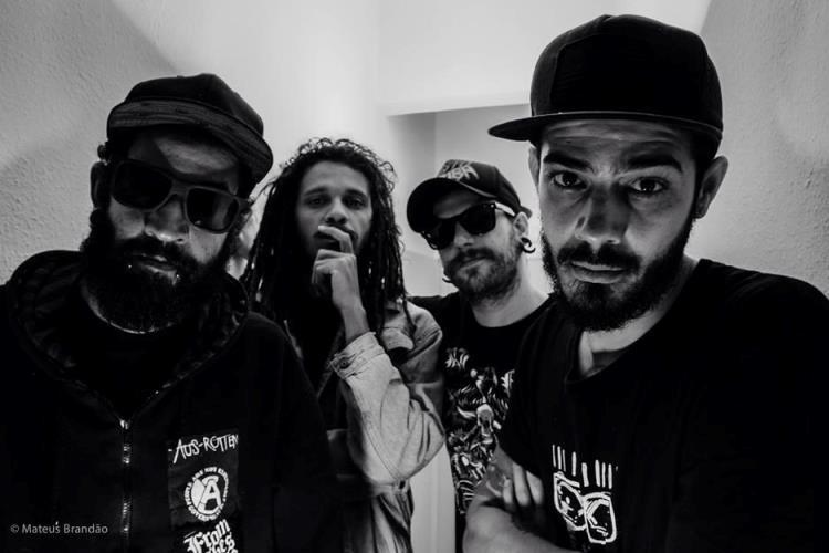Cristo Bomba, a banda mais perigosa do Brasil