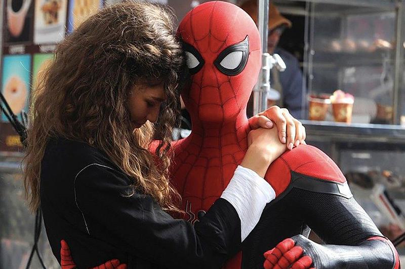 Tom Holland e Zendaya em Homem-Aranha: Longe de Casa