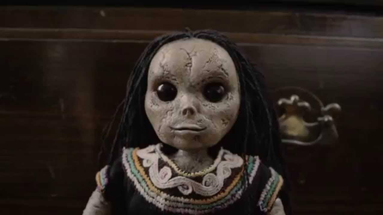 Cartaz do filme A Boneca do Mal