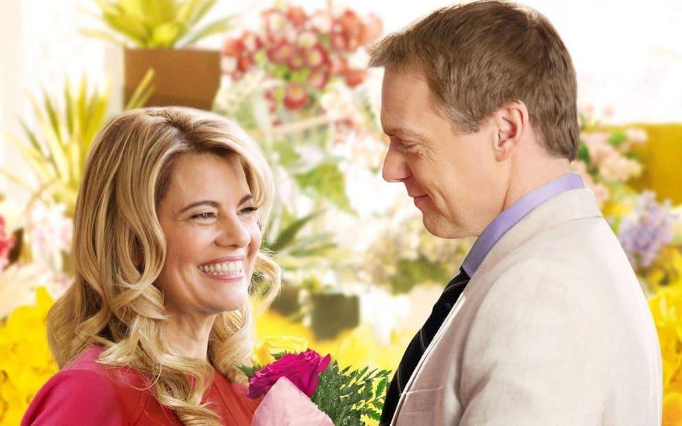 Lisa Whelchel e Michael Shanks em cena do filme Amor ao Acaso